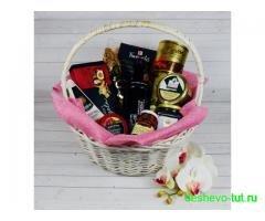Подарочные корзины для женщин на 8 марта!
